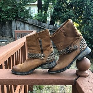 Steve Madden Dst Leather Fraankie Boots sz10.